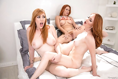 Redhead housewives finish a..