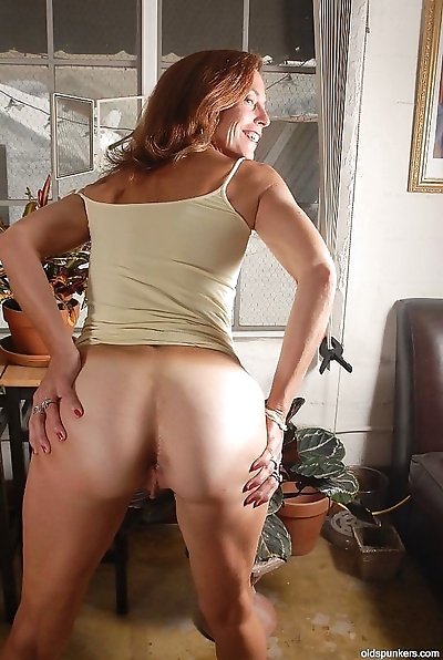 Mature redhead anal fucked -..