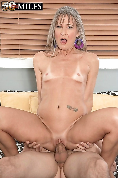 The old fuck toy gets fucked..