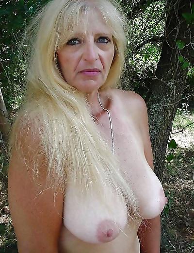 Granny big boobs - part 3148