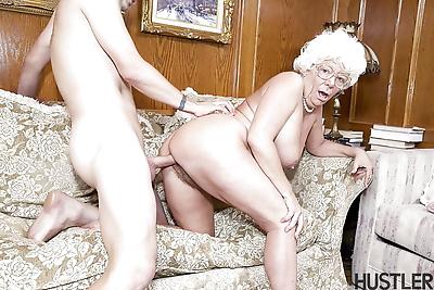 Granny model Karen Summer..