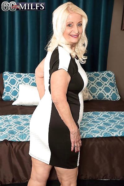 Blonde granny hardcore..