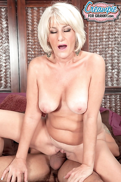 Over 50 lady Desire Collins..