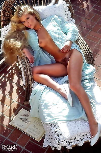 Hot babes from all over the..