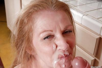 Sexy granny Tiffany dose..