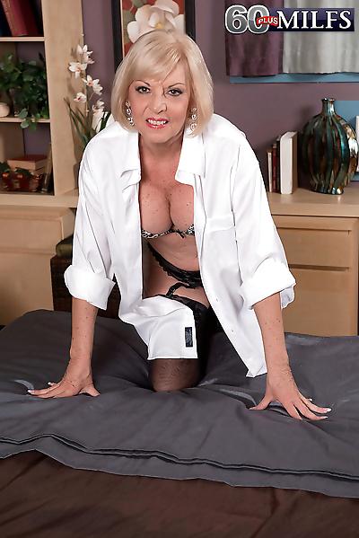 Fat granny Scarlet Andrews..