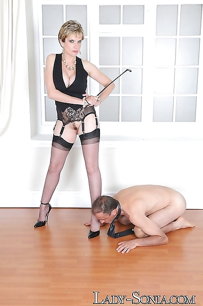 Lady sonia and slave on his..