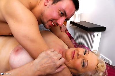 Chubby euro mature woman..