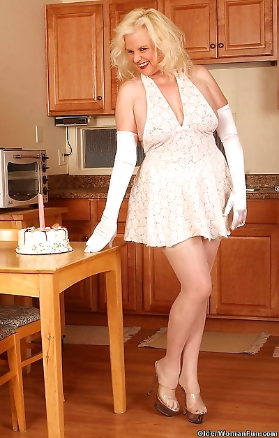 Grandma zoe wears stockings..