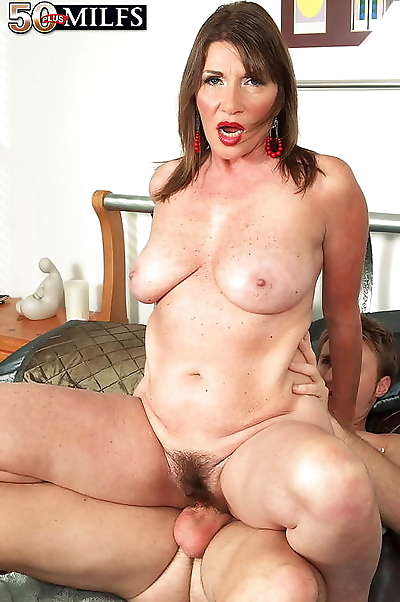 Hot mature babes gets more..
