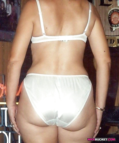 Milfs and wives and amateur..