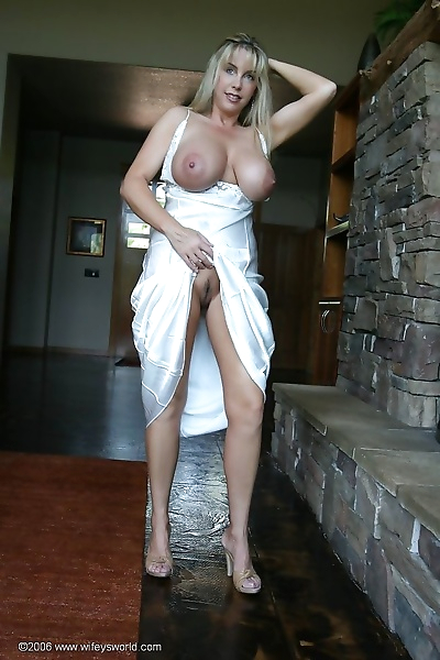 Wifey gets fucked from..