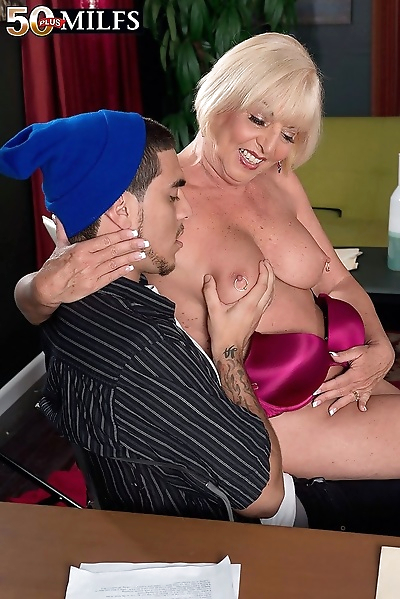 Two matures sucking dicks in..