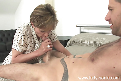 Hot mature lady sonia gets a..