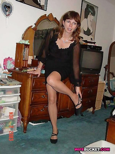 Amateur milf homemade sex..