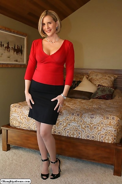 Naughty milf desirae spencer..