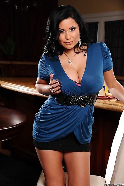 Buxom housewife Sophia..